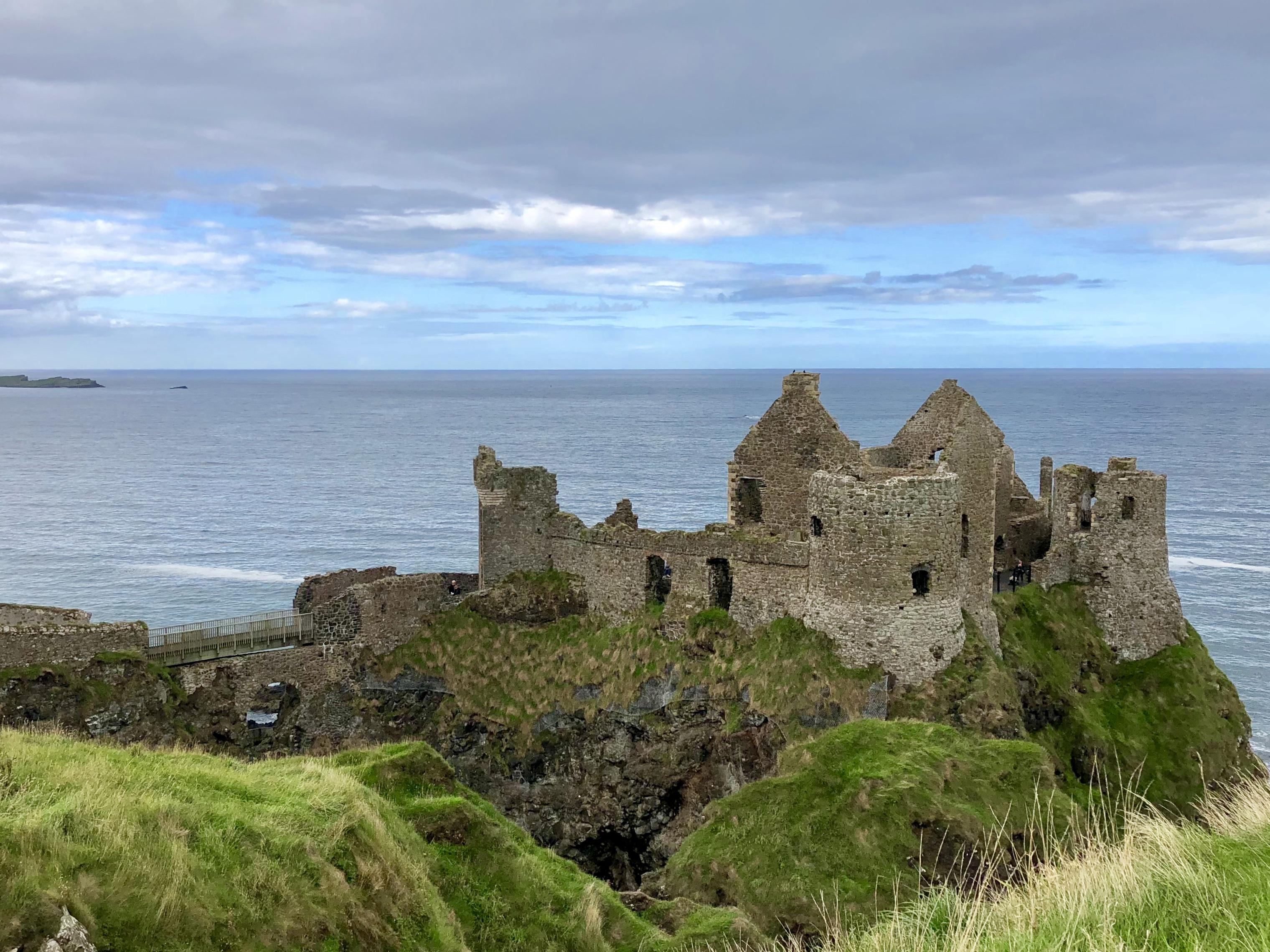 Dunluce Castle Northern Ireland - Giddy Guest