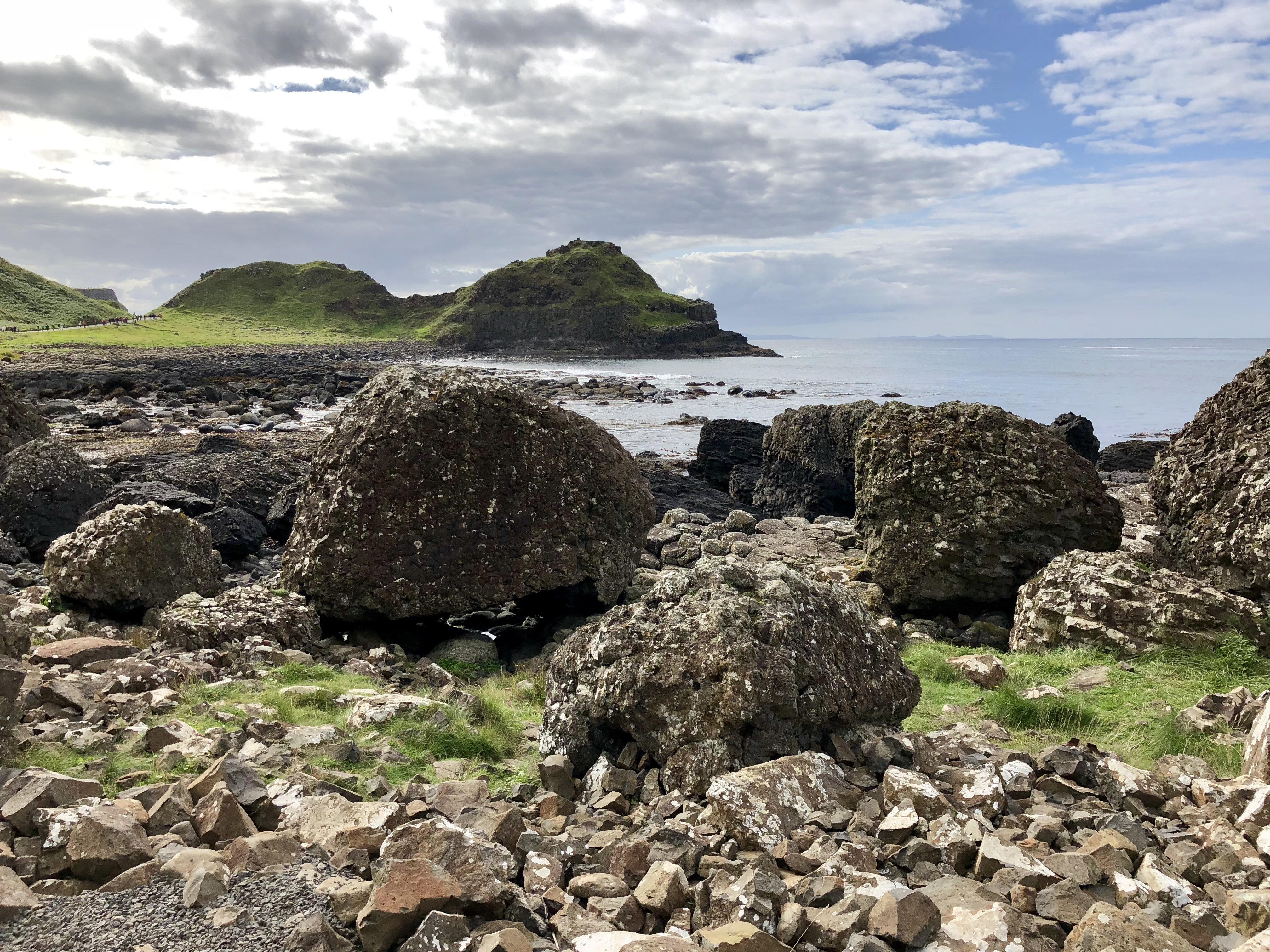 Five Things You Must See When Exploring Belfast, Northern Ireland - Giants Causeway - Giddy Guest